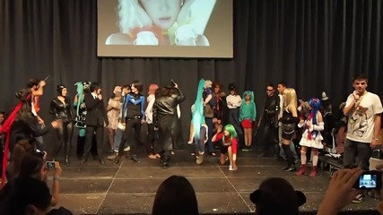 On! Fest 2013 Cosplayers - Makarena and K-pop Dance
