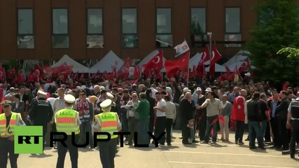 Ердоган говори в Карлсруе пред хилядна тълпа
