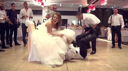 Какво свали вместо жартиер? Много щура сватба :) Видеооператор Красимир Ламбов
