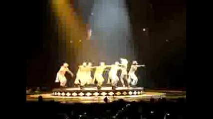 Britney Spears - Sound Off (circus Tour 030809)