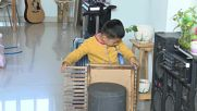 Chinese man makes EDIBLE musical instruments out of vegetables