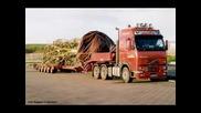 Камиони с извънгабаритни товари