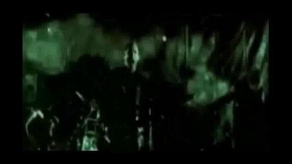 Skillet - Whispers in The dark (prevod)