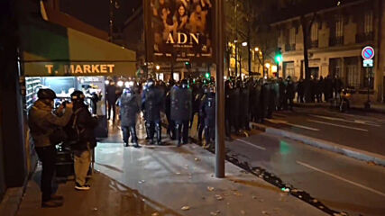 France: Demonstrators start fires during face-off with police in second night of protests
