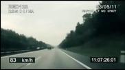 Полицията преследва със 120 кмч колоездач по магистралата! Тоя дали не ги направи диви а!