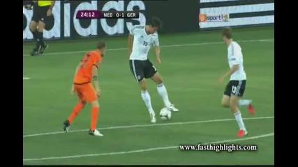 Евро 2012 : Марио Гомез бележи в 24 минута ( Холандия 0 - 1 Германия ) 13.06.2012