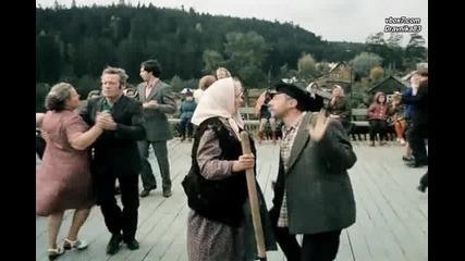 """"""" Сизый голубочек """" гр. Дилижанс - с превод"""