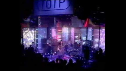 Oasis - Live At Totp - Roll With It (liam On Guitar)