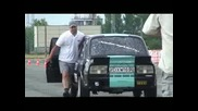 Lada Mv6 vs. Skoda Raptor Drag Race