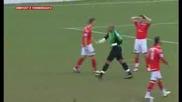 Вратар получава червен картон след 10 секунди игра