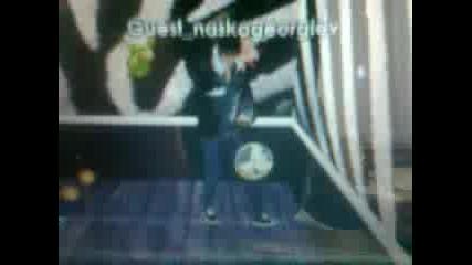 танц на Gangnam Style в imvu