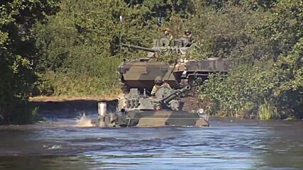 Belarus: Russian and Belarusian forces tackle river-crossing drill as 'Slavic Brotherhood – 2020' continues