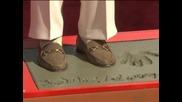 Кристофър Плъмър остави отпечатъци от ръцете и краката си на Алеята на славата в Холивуд