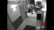 Заснет на охранителна  камера Разстрел  на Охраната!