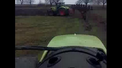dva traktora claas orat s. mova 4erna