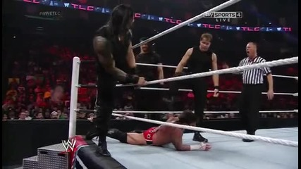 Cm Punk срещу Shield Wwe Tlc 2013