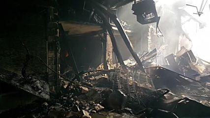 Syria: Fire rips through Damascus market
