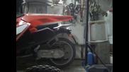 La marmitta del mio Beta R125 ke caccia fiamme come un fucile a pompa!!!!!
