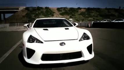 Drag Race Lexus Lfa vs Nissan Gtr