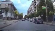 Шофьор ускорява в опит да сгази циганка в Русе