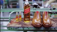 Бутилка в обувка: Johnnie Walker Red Label whisky and Oliver Sweeney Brogue - Стила на детайла