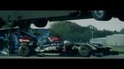 Откачена каскада между F1 болид и камион