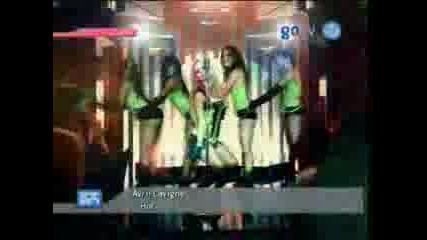 Avril Lavigne - Hot [official Music Video]