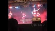 Мажоретките от Шумен откриват концерт на Бони М