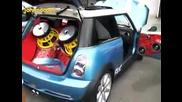Mini Cooper с Добра Аудио Система