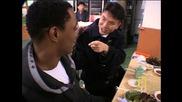 Kорейци ядат живи октоподи (високо качество)