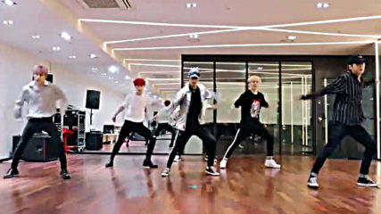 In2it - Run Away dance practice mirrored