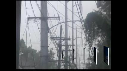 """Ураганът """"Айзък"""" достигна Луизиана"""