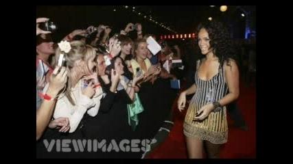 Rihanna С Фенове