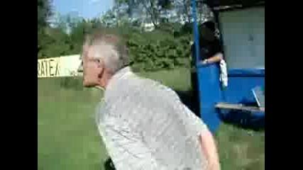 Луд Сръбски Треньор (яко Смех)
