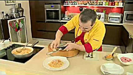 Кухнята на Звездев - Спагети болонезе и Чийзкейк Черно-белия