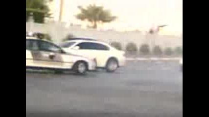 Bmw Drift Пред Полицейска Кола