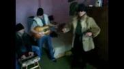 Цигани бият Андреа и Никoлета Лозанова на 6 без 10