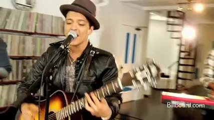 Bruno Mars - the Lazy Song ( Studio Session) Live