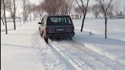 Cherokee Xj в 60 сантиметра сняг