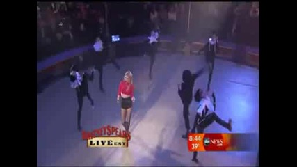 Britney Spears - Womanizer Live Good Morning America