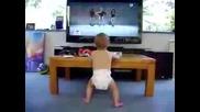 Бебе танцува на Бионсе