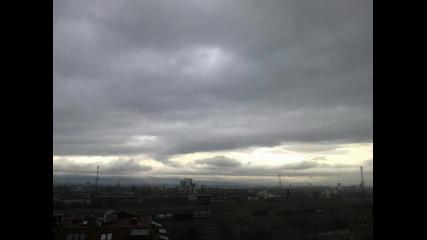 Time lapse - слоести облаци & идване на нощта в София 24.2.2014