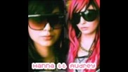 Audrey & Hanna Beth - Снимки