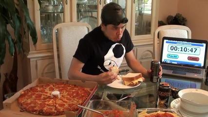 Пич изяжда 12,000 калории