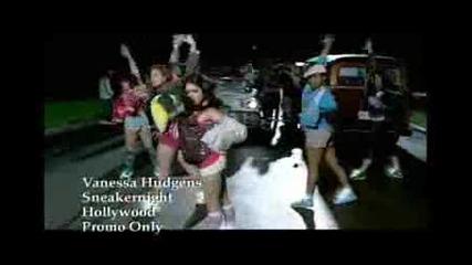 Vanessa Hudgens - Sneakernight