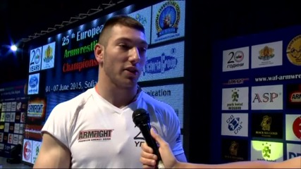 България спечели 13 медала за 2 дни на Европейското по канадска борба