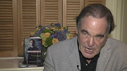 USA: Oliver Stone talks Snowden, cyberwarfare and DNC email leak in RT interview