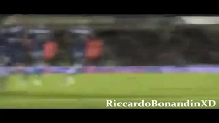 Messi - New Goals & Skills 2011