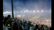 Падна сцена на концерт в Индианаполис