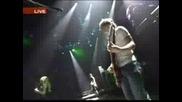 Avril Lavigne - Losing Grip (Live)